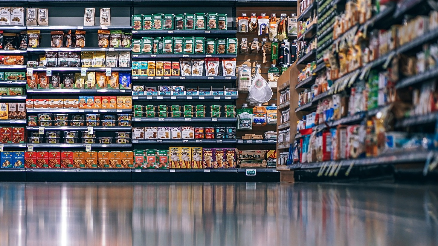 Producenci odpowiadają na kontrolę UOKiK. Różna jakość żywności w Polsce i w Niemczech