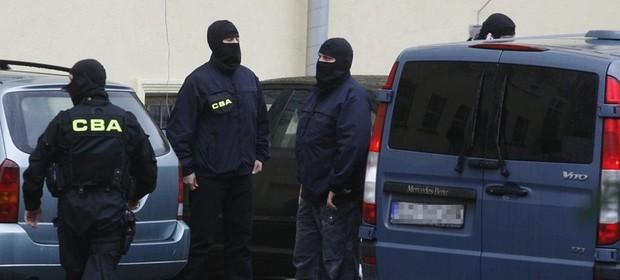 - Kwota łapówki to około 100 tysięcy euro - poinformował we wtorek Piotr Kaczorek