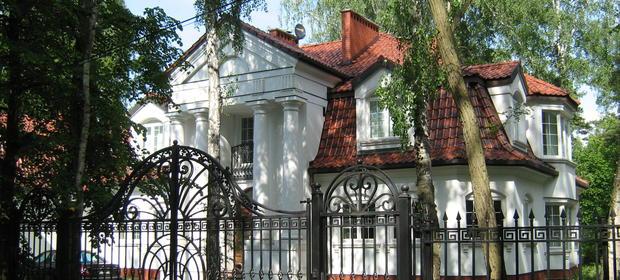 Podkowa Leśna przyciągnęła najbogatszych Polaków