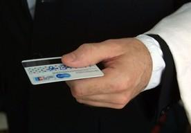 Dlaczego za wycieczkę z biura podróży warto zapłacić kartą kredytową?