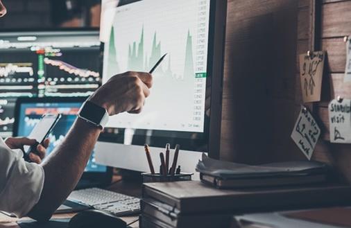Jaki wpływ na finanse ma technologia?