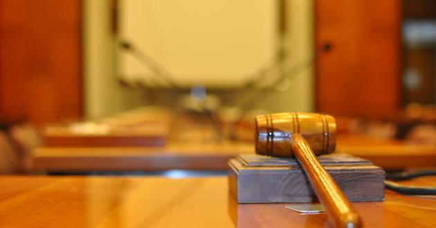 Dziś sąd nie uwzględnia z urzędu przedawnienia. Jeśli dłużnik nie wykaże się refkelsem, musi płacić dawno przedawnione długi, powiekszone o odsetki za opóźnienie