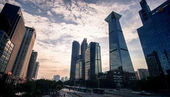 Chiny największym konsumentem świata. Nikt nie dorówna temu smokowi