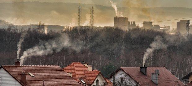 Co roku w Polsce na skutek oddychania złej jakości powietrzem przedwcześnie umiera ponad 51 tys. osób.