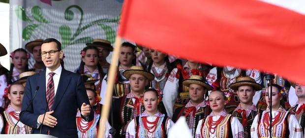Kancelaria Premiera wypuściła spot, w którym wychwala polską wieś.