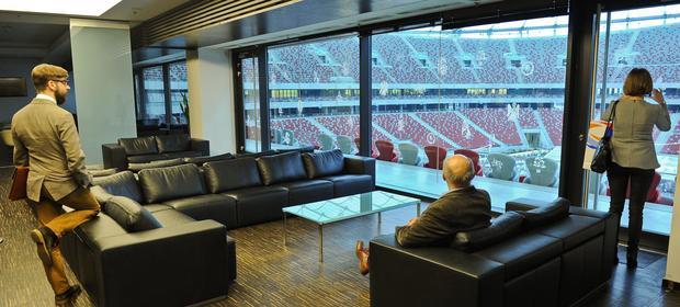 Wynajem przez firmę loży na stadionie nie jest jej kosztem podatkowym - uznaje fiskus