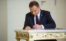Andrzej Duda podpisał ustawę budżetową, choć wiedział, że może być nielegalna. Znamy opinię prawnika Lecha Kaczyńskiego