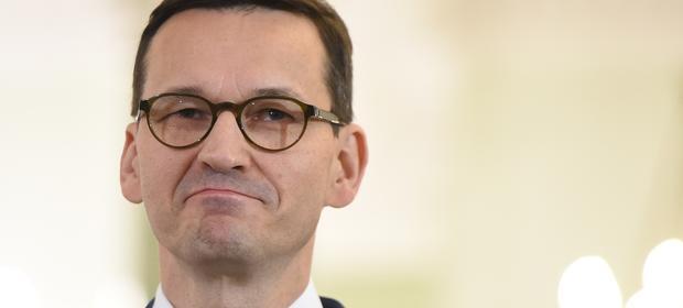 Mateusz Morawiecki likwidacją dziury VAT uzyskał zaufanie rynków. Budżet zaoszczędzi na tym płacąc mniejsze odsetki od długu
