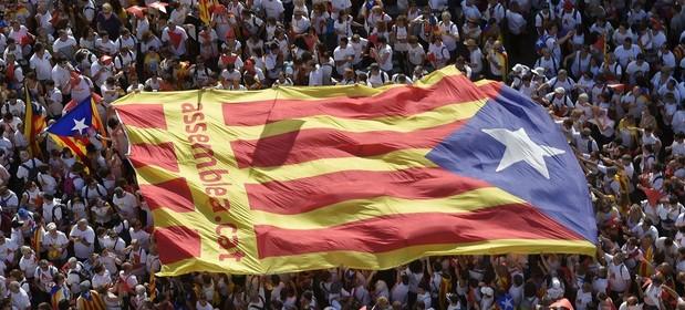 11 września 2015 r. Manifestacja na ulicach Barcelony z okazji święta narodowego Katalonii