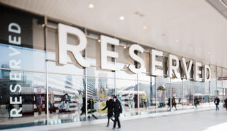 Sprzedaż w sklepach CCC i LPP rośnie w zawrotnym tempie. Prawie miliard złotych w miesiąc
