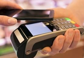 Eurobank premiuje płatności kartą i telefonem
