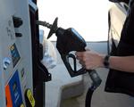 Znikną małe stacje paliw?