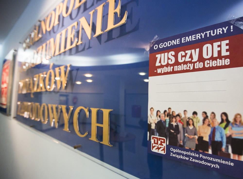OFE straciły 10 mld zł oszczędności emerytalnych. Giełda obnaża ryzykowną strategię