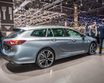 Opel Insignia Grand Sport: Twoje nowe, stylowe, mobilne biuro