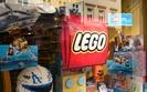 Lego musi szybko budować nowe fabryki. Na razie tnie wydatki na reklamę