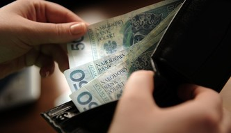 Zarobki Polaków pójdą jeszcze w górę. Co z inflacją i stopami procentowymi?