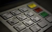 Koniec z bankami jakie znasz. Zamiast PINu - dłoń. Zamiast hasła - głos