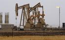 Ropa naftowa coraz droższa. Baryłka w USA kosztuje powyżej 60 dolarów