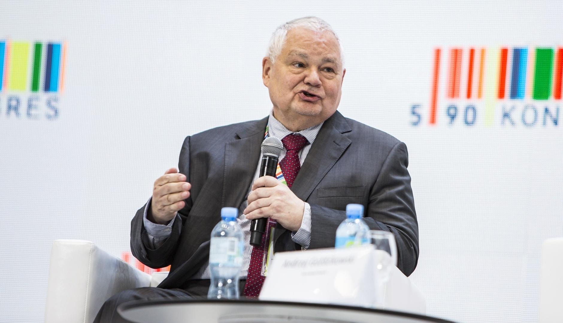 Zdjęcie obrazujące: Glapiński potwierdza, że może być na taśmie Czarneckiego. Spotkanie nazywa