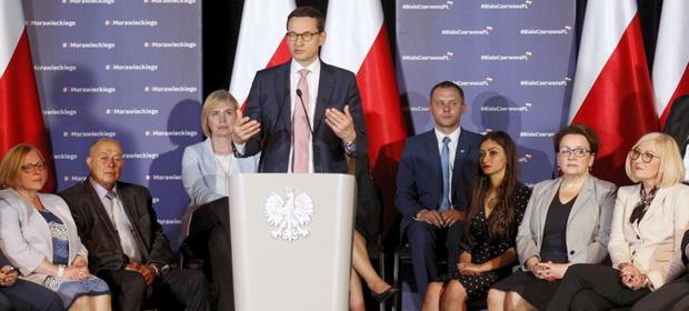 Premier daje mieszkańcom Ziemi Kłodzkiej nadzieję na lepsze połączenie z resztą kraju.