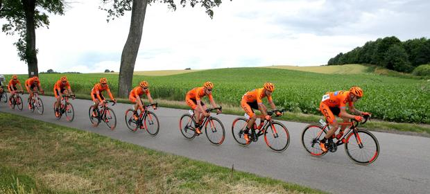 Polski zespół będzie walczył w najsłynniejszych wyścigach kolarskich.
