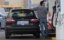 Mimo wzrostu cen paliw tankujemy coraz więcej. Widać efekty działań rządu