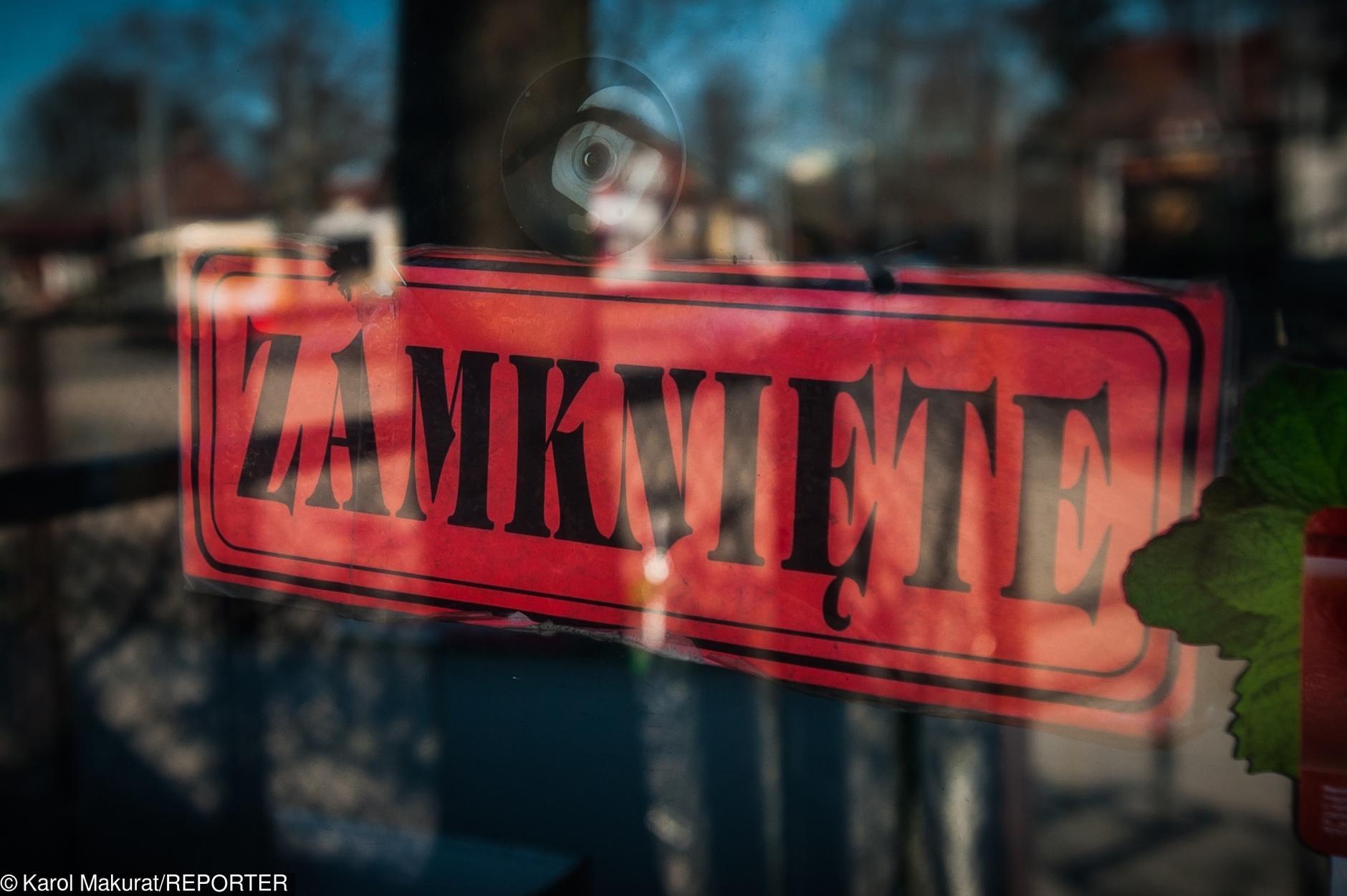 12 listopada a konstytucja biznesu. Polskie sklepy: Nasi pracownicy nie chcą wolnego