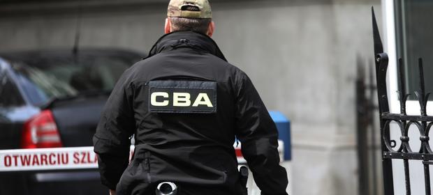 Z ustaleń CBA wynika, że działania grupy producentów miały narazić państwową agencję na 31 mln złotych straty