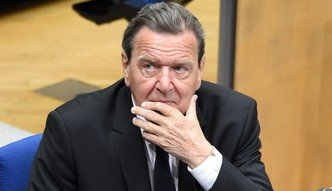 """Schroeder o historycznym błędzie wobec Rosji. """"Potrzebujemy ich energii"""""""