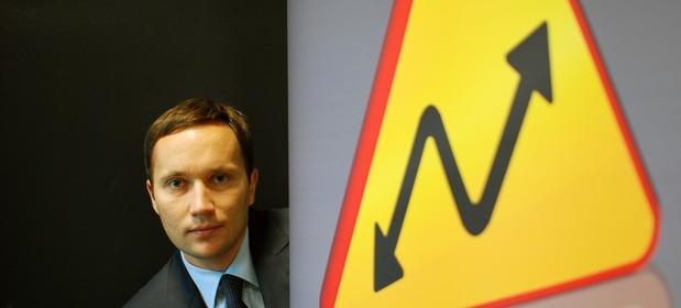 Jakub Zabłocki jest głównym właścicielem Domu Maklerskiego X-Trade Brokers.
