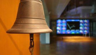 KNF chce zawieszenia obrotu akcjami sześciu spółek z GPW