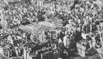 Pojawiają się kolejne dokumenty ws. reparacji. Ile wojna kosztowała Polskę i czy możemy liczyć na pieniądze od Niemiec?