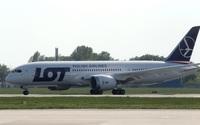 Atak hakerów na systemy polskich linii lotniczych
