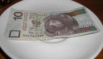 Niskie pensje, drogie mieszkania i tanie zakupy. Zobacz, ile kosztuje życie w Polsce
