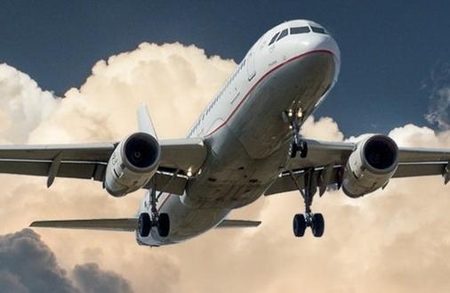 Jak podejmować decyzje finansowe? Rób to skutecznie jak piloci samolotów!
