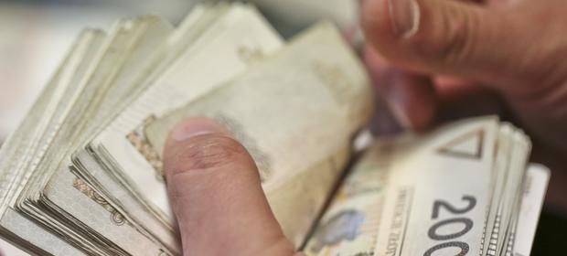 Wiele osób decyduje się zaciągnąć kredyty hipoteczne ze względu na relatywnie niskie raty. To się wkrótce może zmienić.