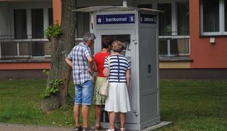 Zarobki w Polsce. Przeciętne wynagrodzenie wzrosło o 7,5 procent