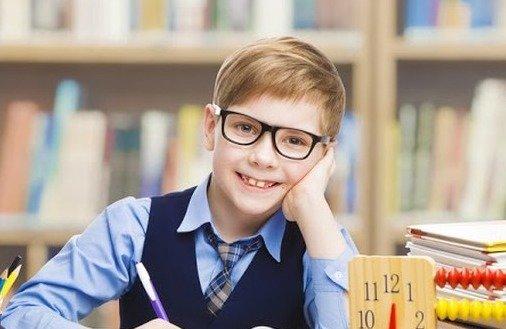 Jak nauczyć dziecko oszczędzania?