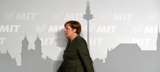 CSU zarzuca kanclerz Angeli Merkel, że przesunęła partię za bardzo na lewo