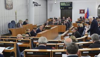 """Siedziba rzecznika przedsiębiorców poza Warszawą. Senat przyjął poprawki do """"konstytucji biznesu"""""""