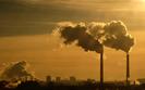Zmiany w handlu prawami do emisji uderzą w Polskę. Nasz kraj może stracić 90 mld zł