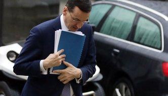 Mała wojna o umowy w PKO BP. Agenci banku proszą premiera Mateusza Morawieckiego o pomoc
