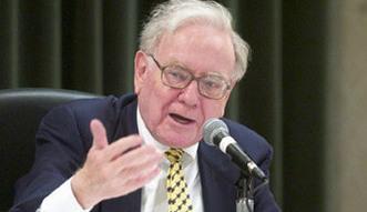 Warren Buffett sprzedaje akcje Walmartu. Inwestuje w Apple i linie lotnicze