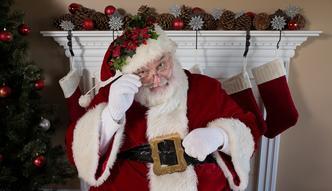 Prawdziwy strój świętego Mikołaja zwraca się przez kilka sezonów. Tak działają prawdziwe agencje Mikołajów
