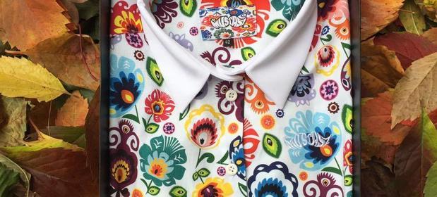 Pierwsze sklepy z nowoczesnymi, folkowymi ubraniami powstały w 2009 roku. Od tej pory widzimy prawdziwy boom