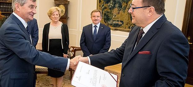 Łyszczek zastąpił na stanowisku zmarłego w sierpniu Romana Giedrojcia.