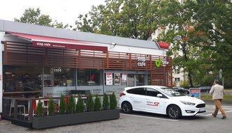 Orlen udostępnia wynajem aut na kolejnych stacjach paliw. W 2018 r. wypożyczymy też rowery