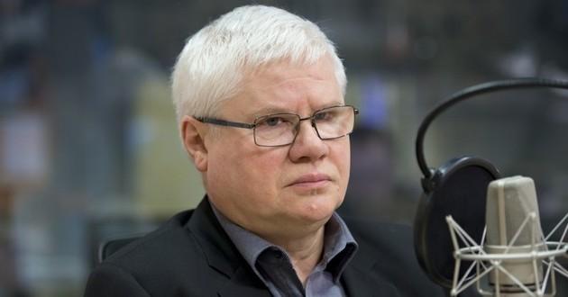 Jerzy Hausner krytykuje plan produkcji miliona samochodów osobowych w Polsce. Nie ma za to nic przeciw Centralnemu Portowi Lotniczemu