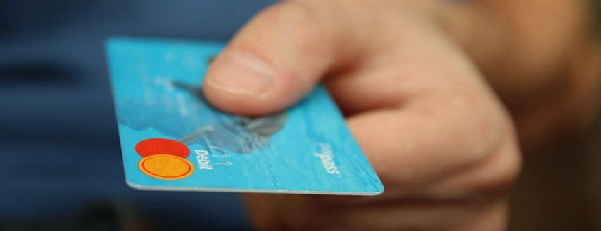 Zapłacisz nawet 24 tys. zł za zwolnienie z opłaty za kartę!